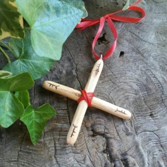 Oak Cross 3