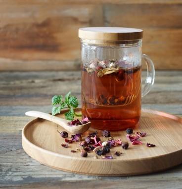hawthorne-berry-tea